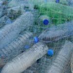 Havet städas från plast med nya uppfinningar.